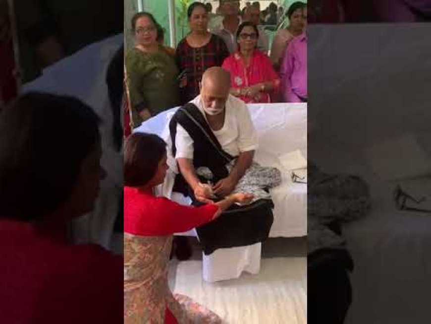 Morari Bapu at our house 25th Aug 2019 - part6