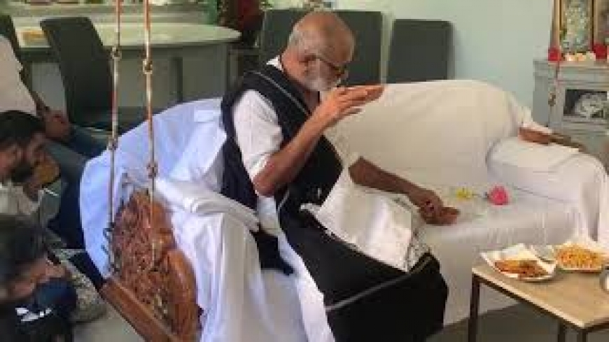 Morari Bapu at our house 25th Aug 2019 - part3